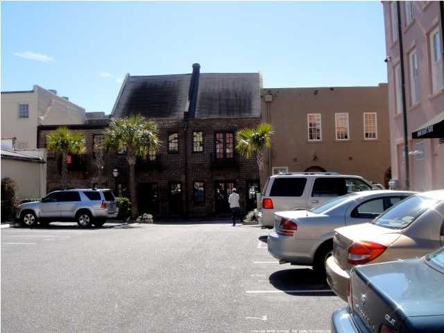 160  East Bay St Charleston, SC 29401