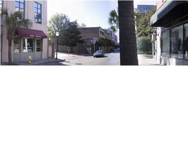 Floor Retail In Historic District Charleston, SC 29401