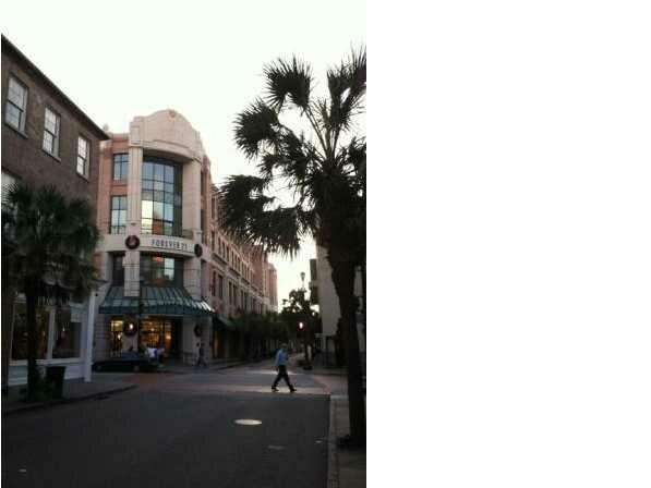 220  King St Charleston, SC 29401
