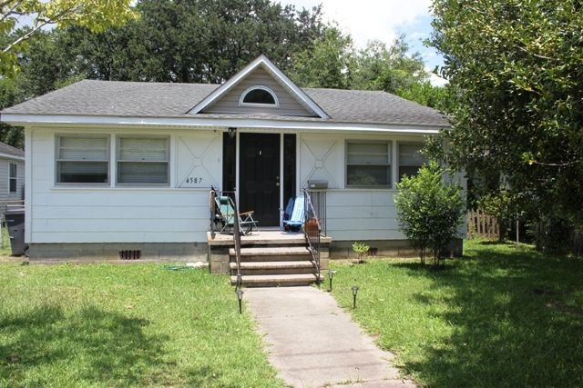 4587 Durant Ave North Charleston, SC 29405