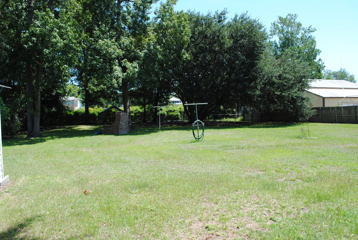 Pleasant Vacant Lot - With A View Of 526 Mount Pleasant, SC 29464