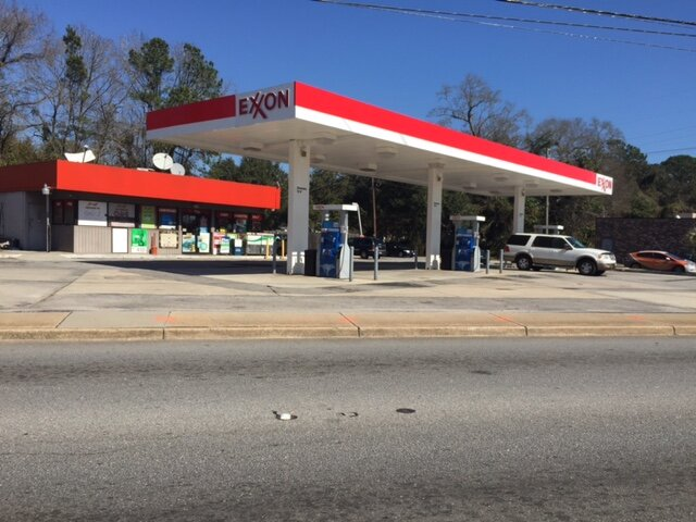 1759  Ashely River Rd/ Exxon Charleston, SC 29407
