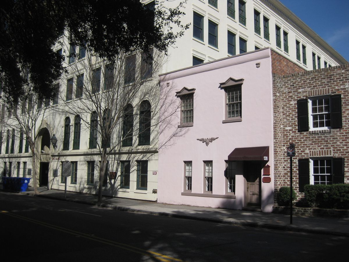 128  Meeting St Charleston, SC 29401