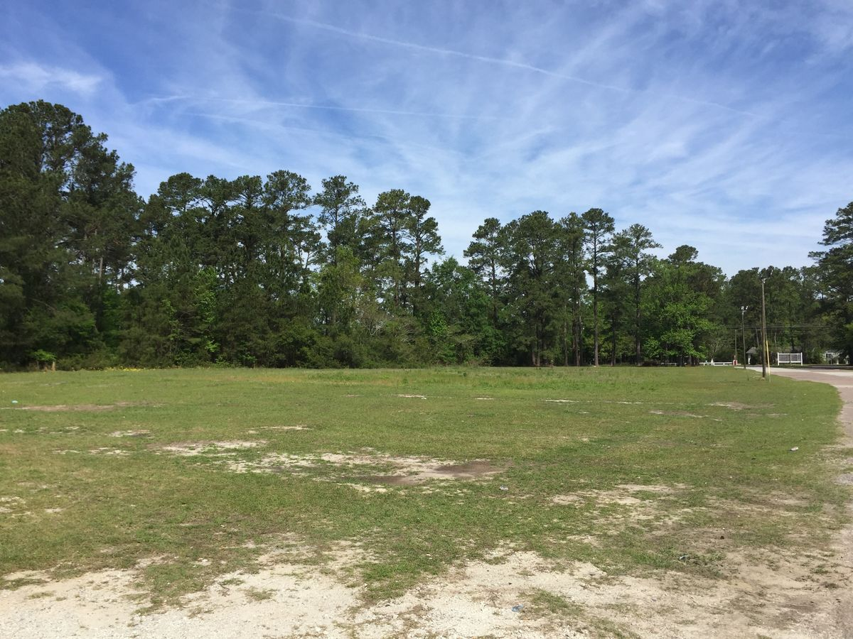 Office/Warehouse Located On Approx.1.3 Acres Goose Creek, SC 29445