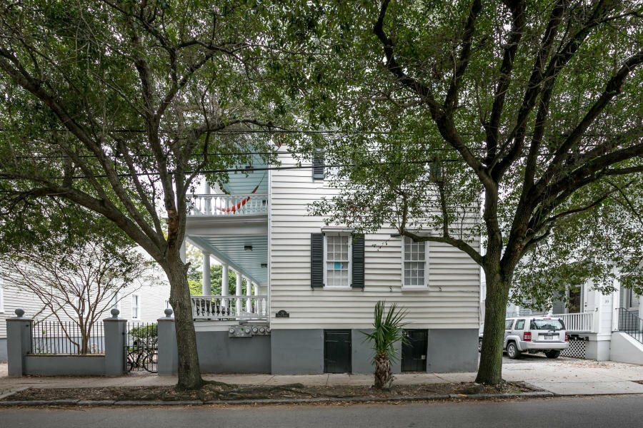 31 & 29 Coming Street And 1 & 1-1/2 Montagu Street Charleston, SC 29401