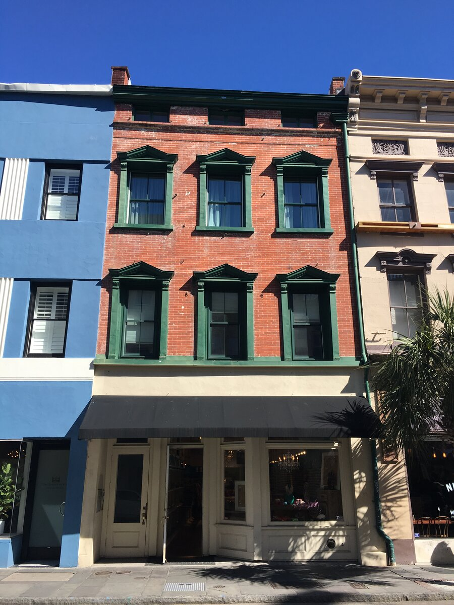 290 King St Charleston, SC 29401