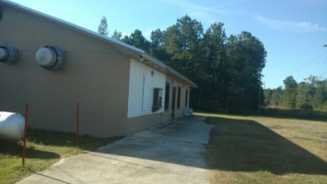 1363 Old Hwy 6 Cross, SC 29436