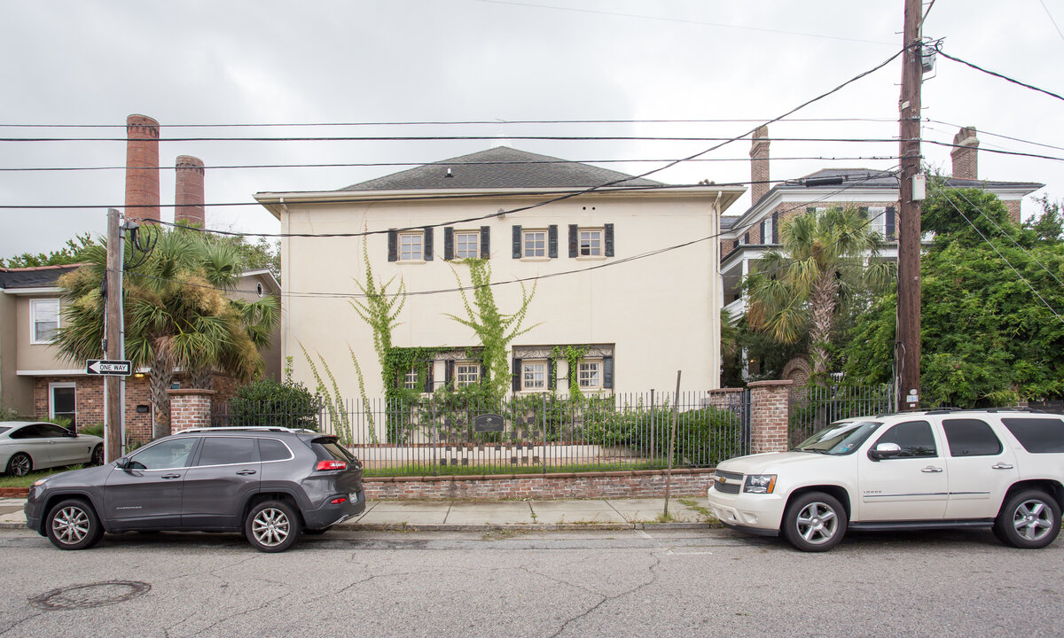 727 E Bay St Charleston, SC 29403