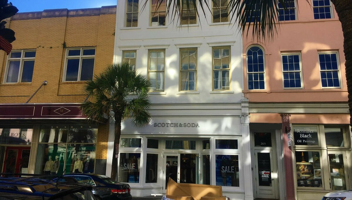 263 King St Charleston, SC 29401