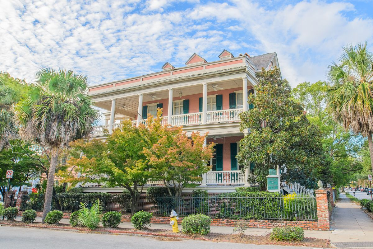 201 Ashley Ave Charleston, SC 29403