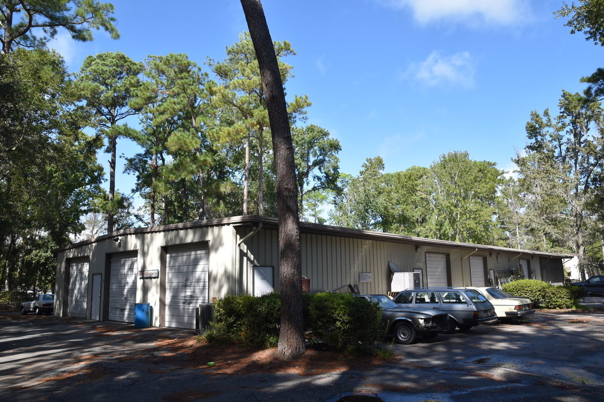4 Hunter Rd Hilton Head Island, SC 29926