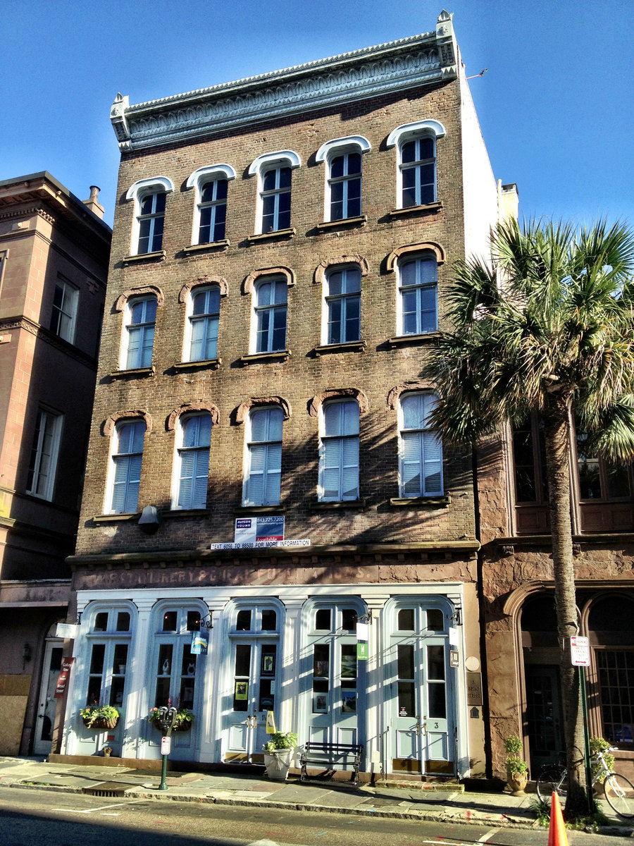3 Broad St Charleston, SC 29401
