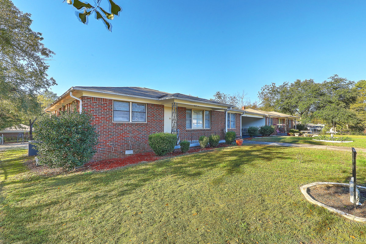 2306 Forrest St Cayce, SC 29033