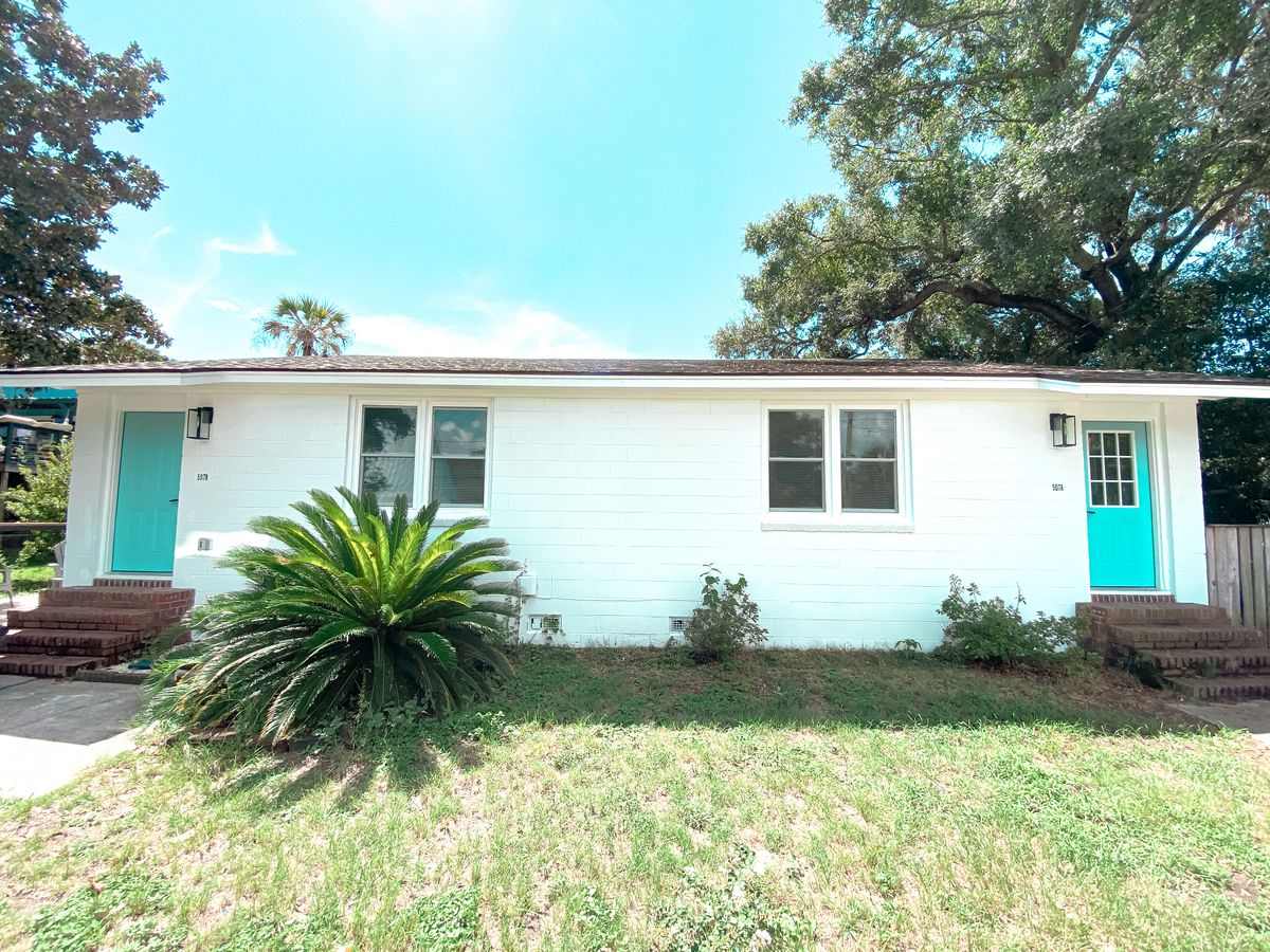 508 E Cooper Ave Folly Beach, SC 29439